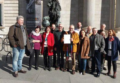 La plataforma InterVegas presenta en el Congreso español una propuesta para proteger lso suelos fértiles